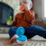 Прорезыватель-неваляшка Fat Brain Toys dimpl wobl Голубой (F2174ML)